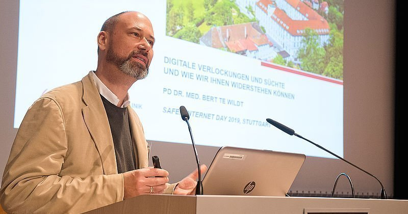 PD Dr. Bert te Wildt beim Safer Internet Day 2019